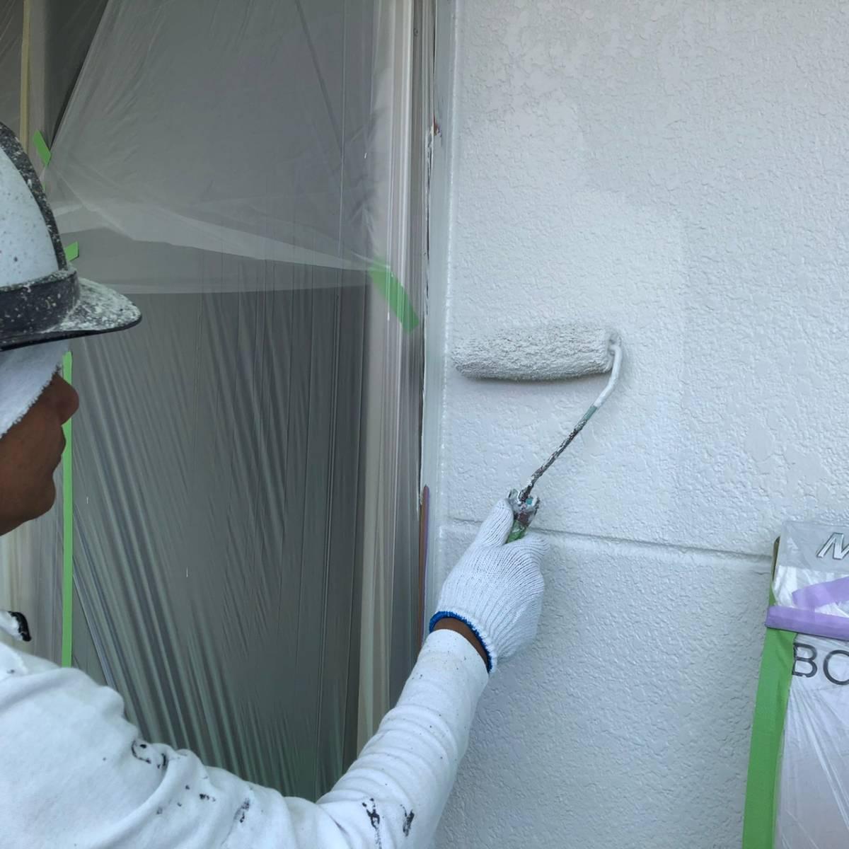 外壁上塗り塗装施工写真