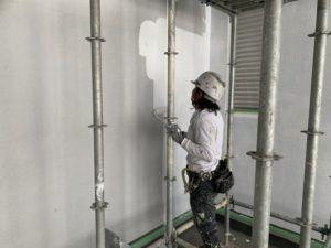 関市 外壁下塗り施工写真