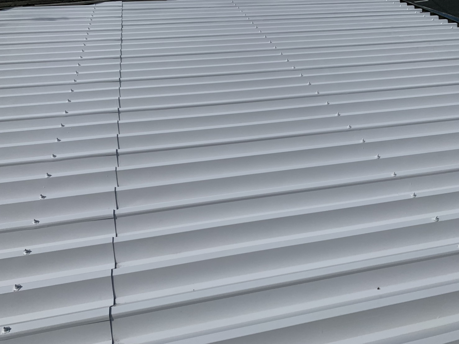 V折半屋根
