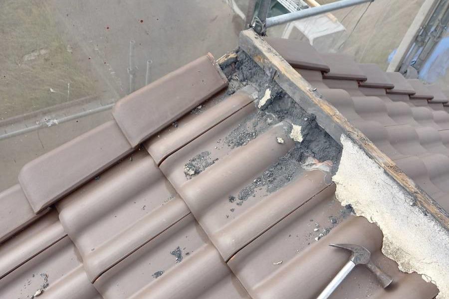 屋根瓦 棟解体