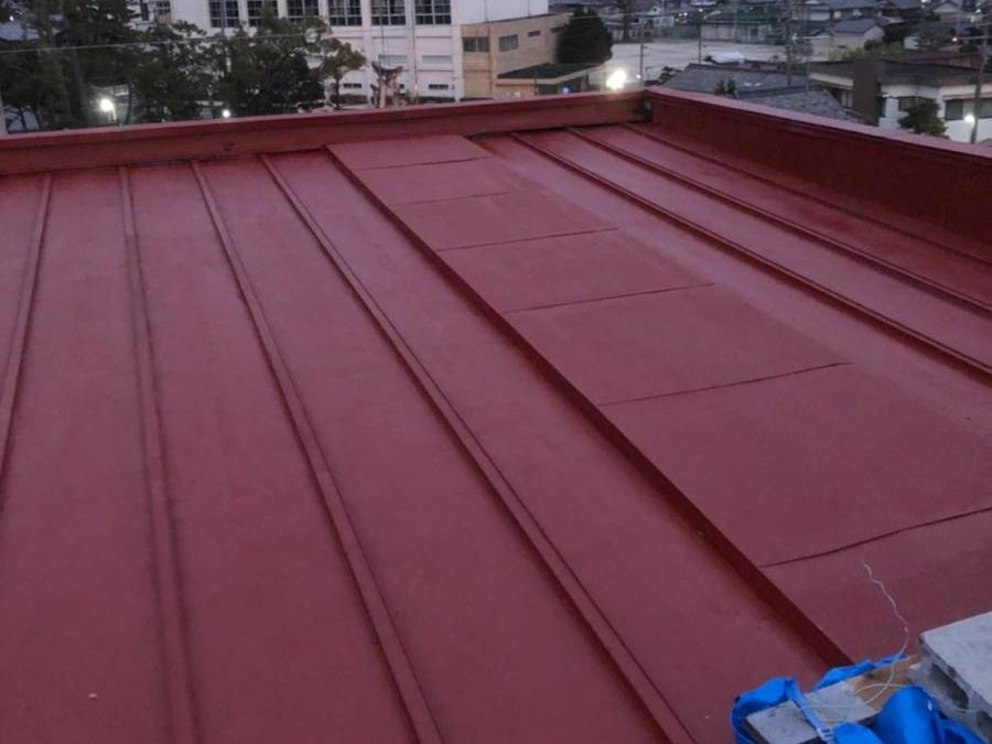 屋根板金 サビ止め完了