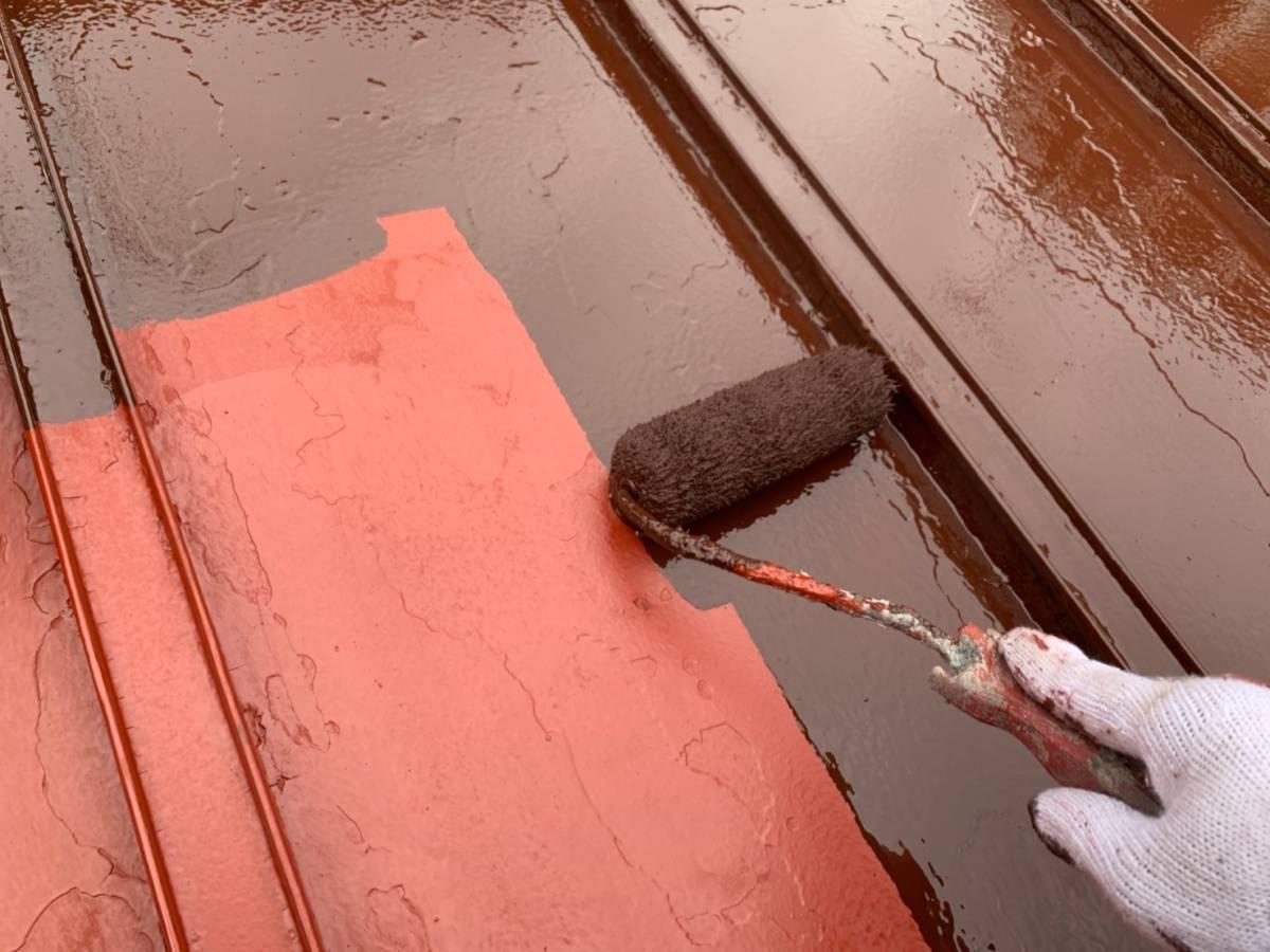 屋根 上塗り1回目施工写真