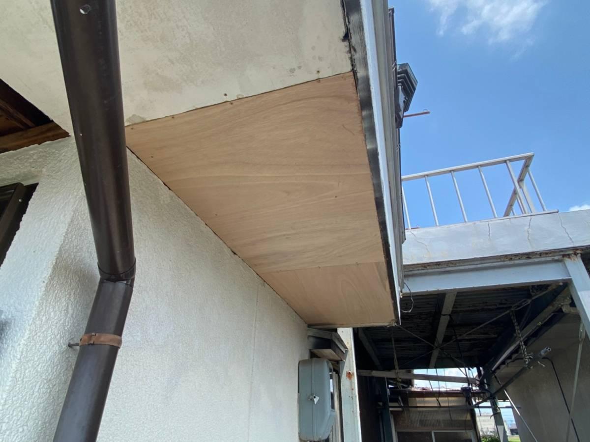 軒天 ベニヤ板 張り替え完了写真