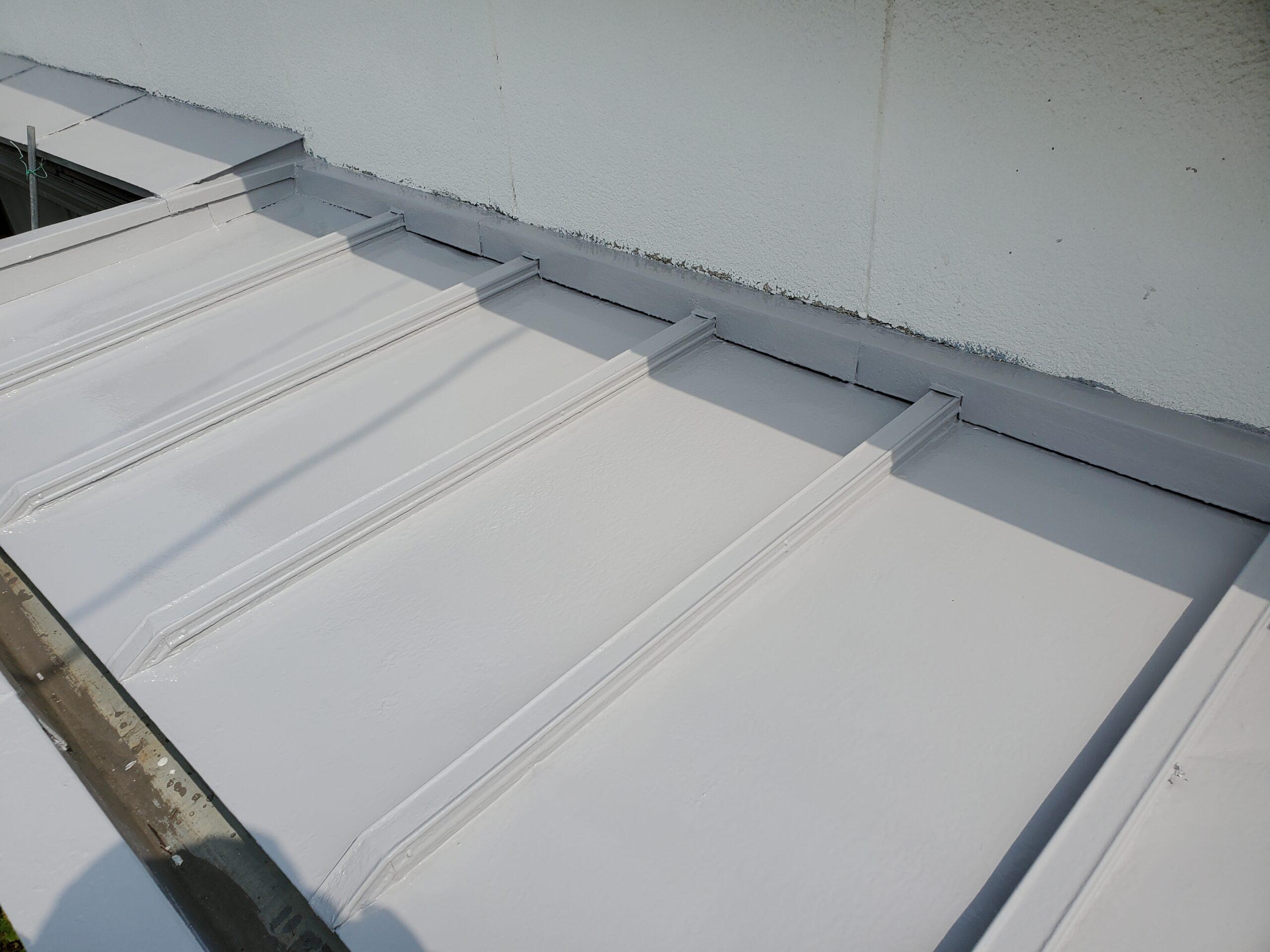 玄関屋根 施工完了写真