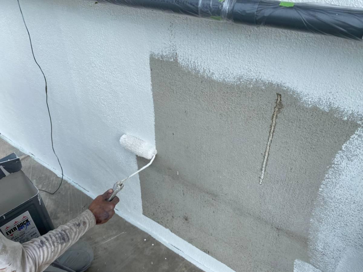 コンクリート壁塗装施工写真